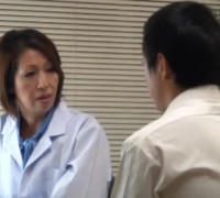 岡崎花江保健室のおばさん